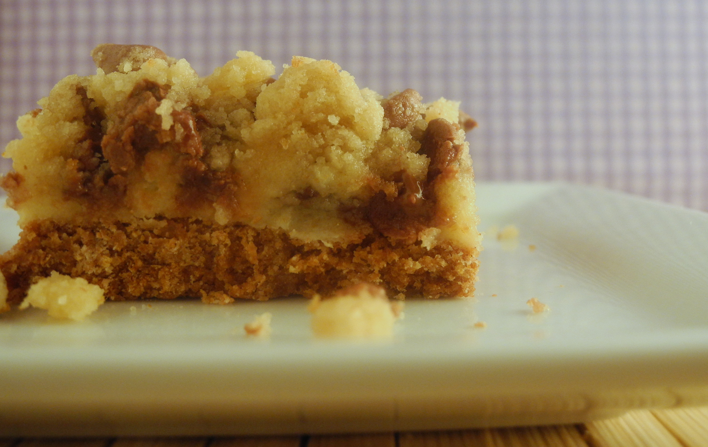 cookie dough cheesecake bars | Reini Days